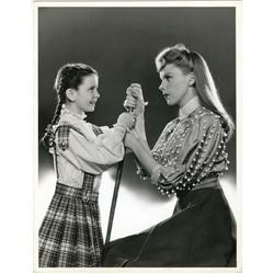 Meet Me in St. Louis original MGM oversize portrait still of Judy Garland and Margaret O'Brien