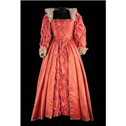 Bette Davis Queen Elizabeth I elaborate rose-colored silk royal gown from The Virgin Queen