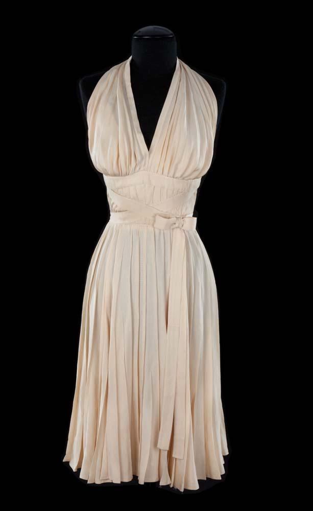 marilyn monroe ivory pleated subway dress from the. Black Bedroom Furniture Sets. Home Design Ideas