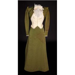 Katherine Ross chartreuse two-piece period dress with hat from Butch Cassidy and the Sundance Kid