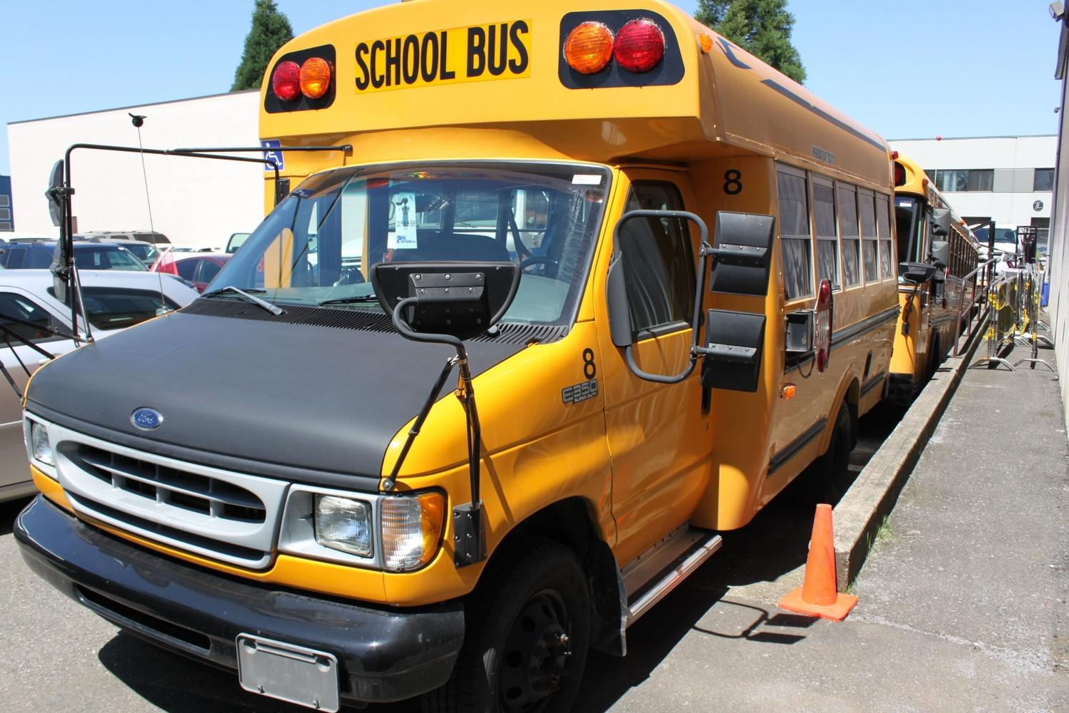 1999 yellow ford e 350 superduty school bus loading zoom