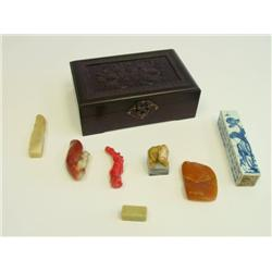 Box of softstone seals