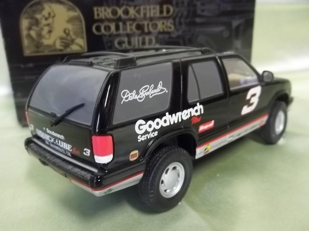 Blazer chevy blazer : 1999 1:24 Scale Dale Earnhardt Chevy Blazer