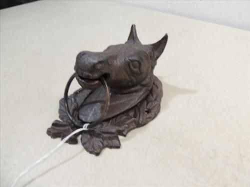 Image 1 Cast Iron Wall Mount Horse Head Tie Off
