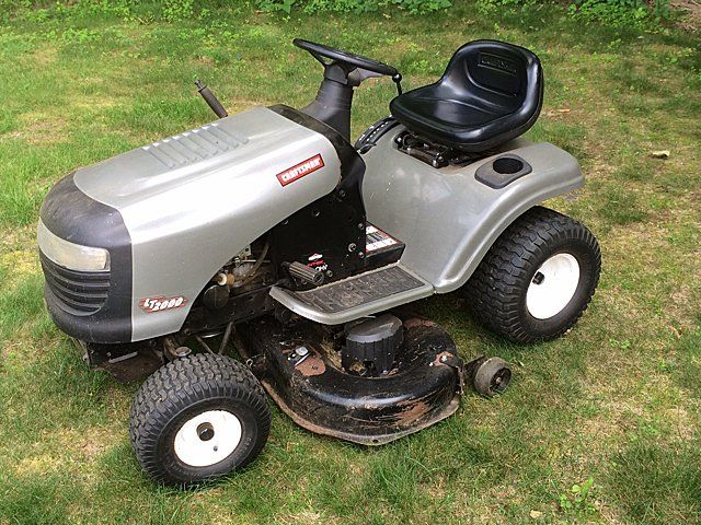 Craftsman Lt 2000 Riding Lawn Mower Loading Zoom