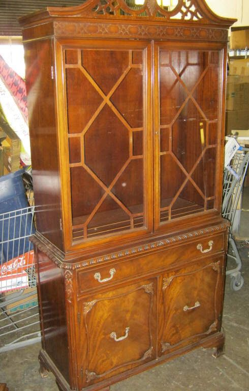 Vintage China Cabinet 1 Piece Crica 1930 S Upper 2 Gl Doors
