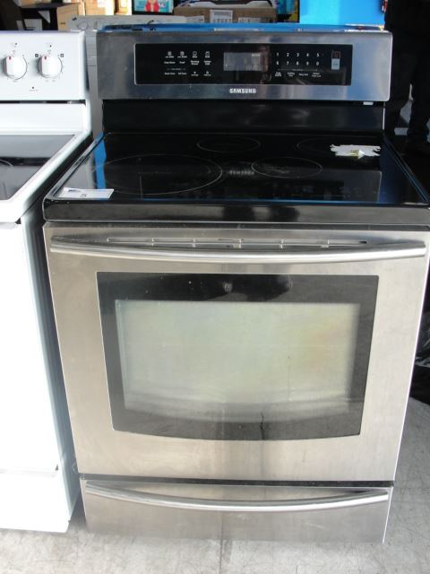 Image 1 Samsung Stainless Steel And Black Gl Top Stove