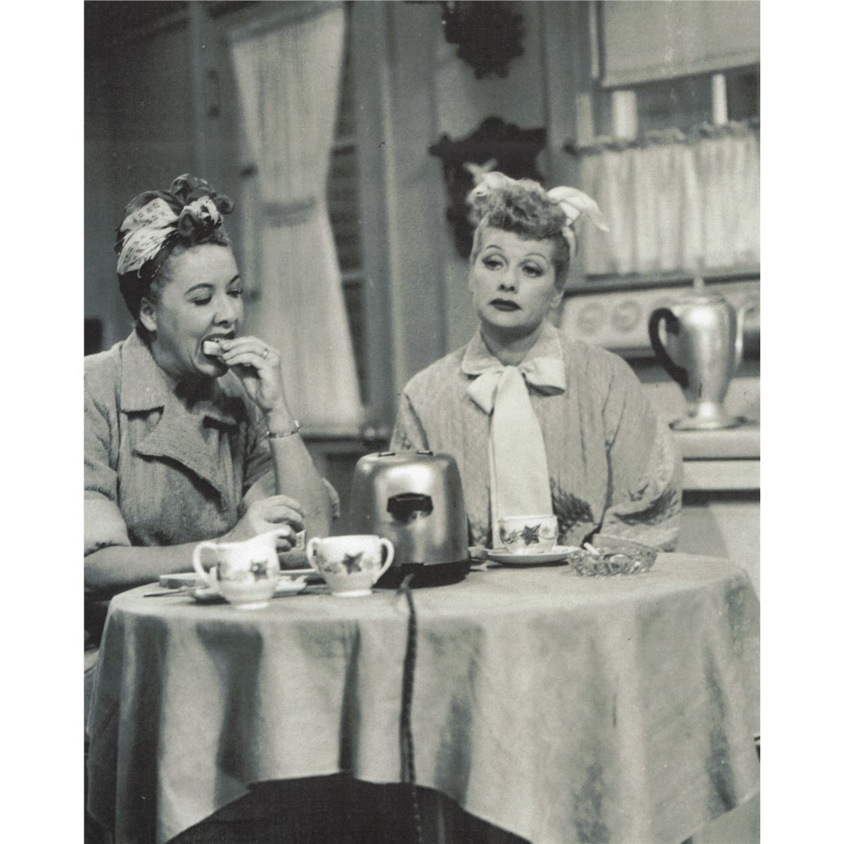 Image 14 Original Set Of Kitchenware Props Used In I Love Lucy