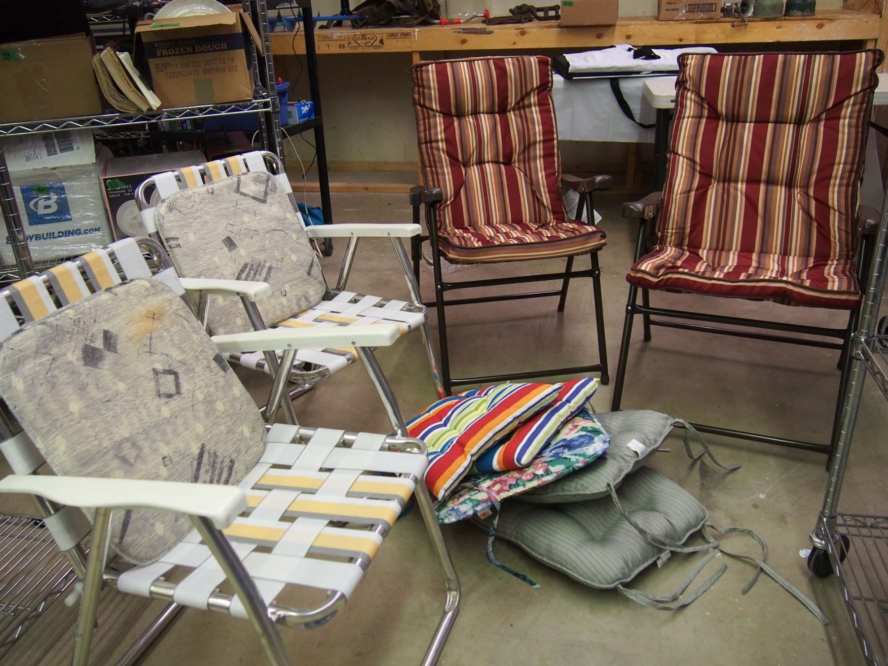 Image 1 Folding Patio Chairs 4 W Cushions
