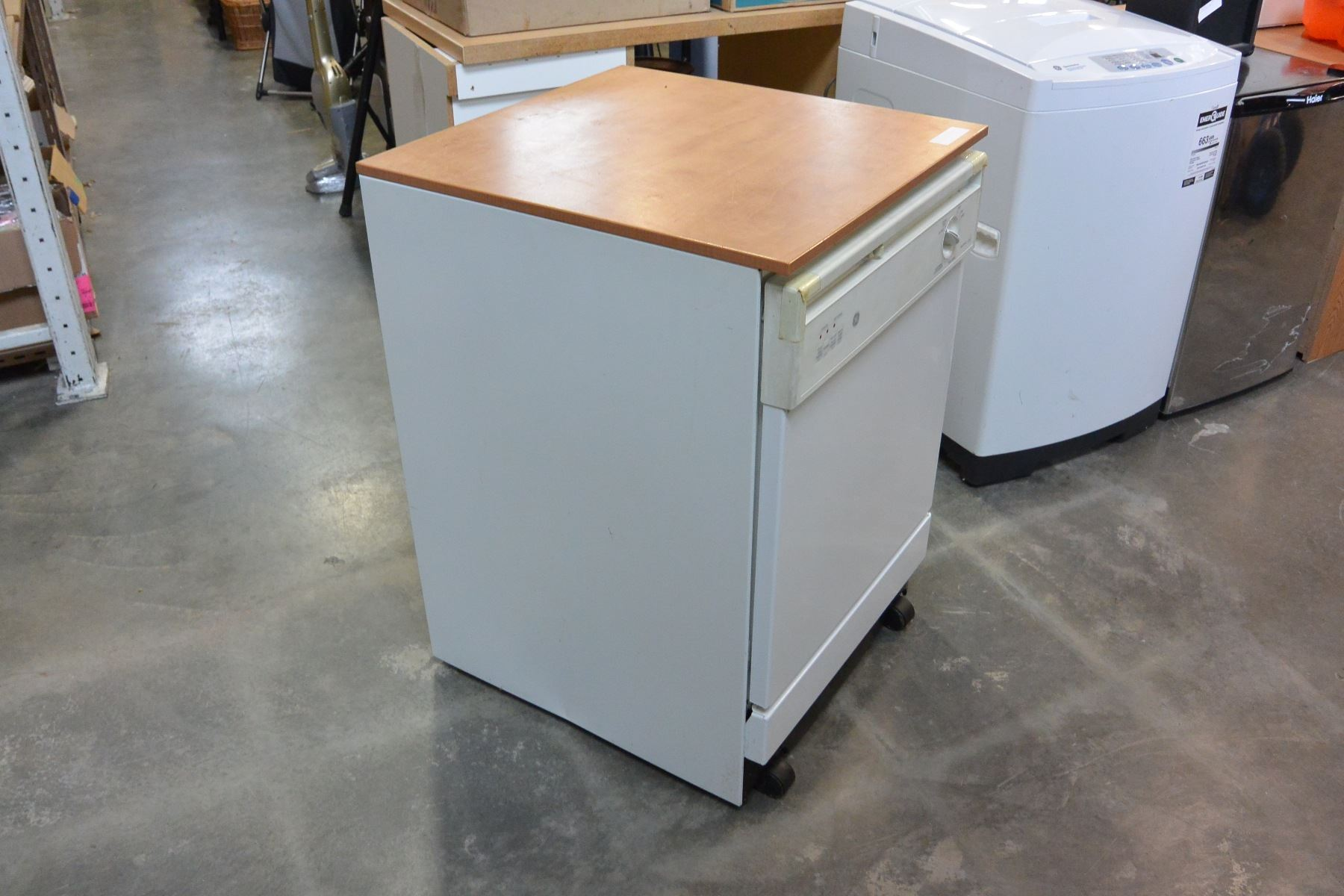 Image 2 Ge Portable Dishwasher Working With Butcher Block Top