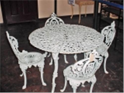 Image 1 Vintage Cast Iron Patio Set Table Is 26 X 39