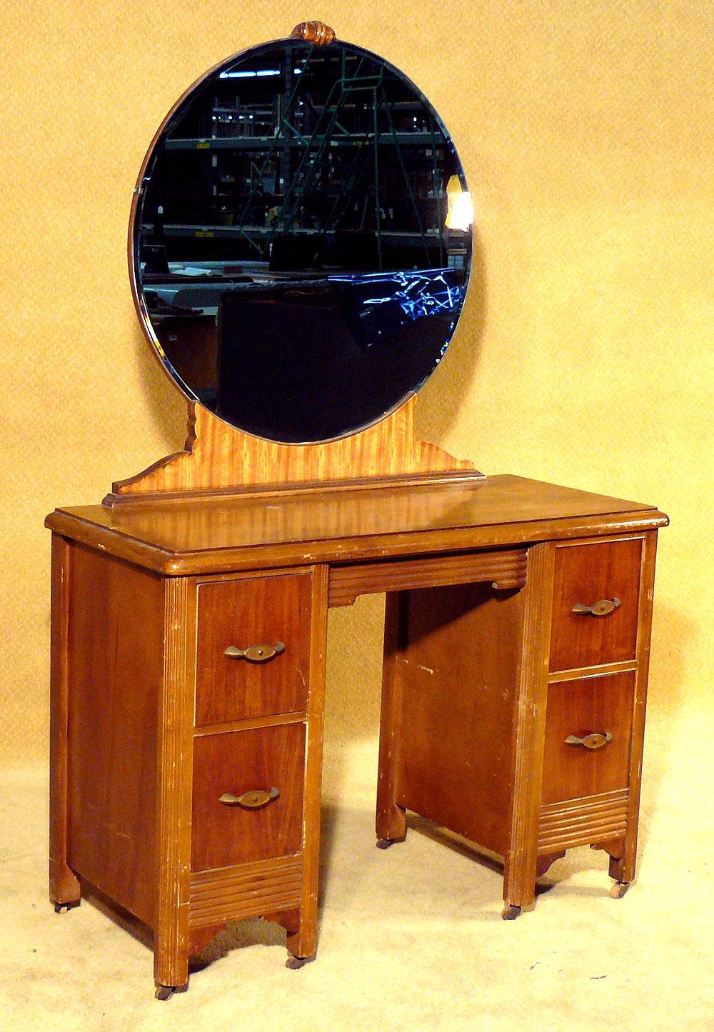 1930s Two Tone Art Deco Vanity With Round Cobalt Mirror Loading Zoom