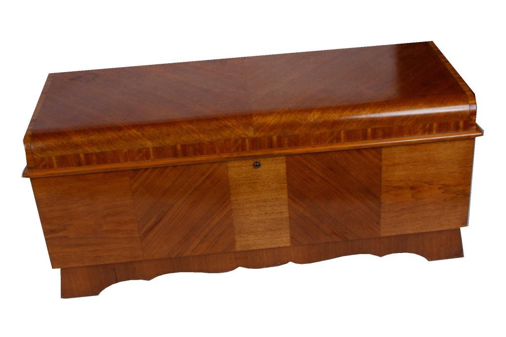 Image 1 Honey Oak Hope Chest Made By The Lane Co Cedar Lined